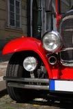 老红色汽车 免版税库存照片