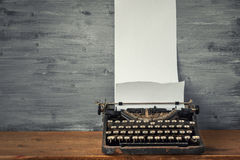 老纸打字机 库存图片