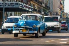 老经典美国汽车在哈瓦那 免版税库存图片