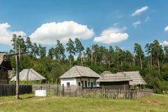 老罗马尼亚村庄视图 库存图片