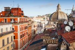 老罗马,意大利 通过del Corso,屋顶视图 免版税库存图片