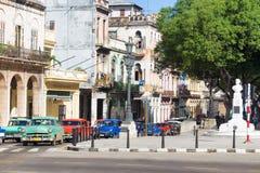老美国汽车在哈瓦那 免版税库存照片