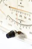 老联合的晴雨表、湿度计和温度计设备的特写镜头面孔 免版税库存图片