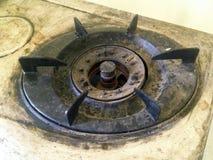 老肮脏的煤气炉头 免版税图库摄影