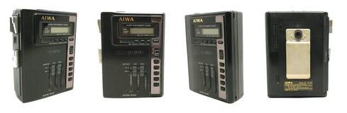 老肮脏的AIWA便携式的音频紧凑卡式磁带/收音机球员是 免版税库存照片
