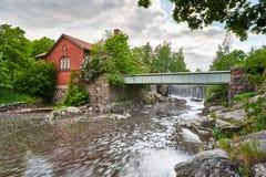 老能源厂在Vanhankaupunginkoski,赫尔辛基,芬兰 免版税库存图片