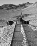 被放弃的矿轨道 免版税库存图片