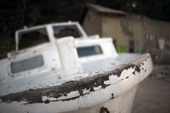 老腐烂的木船 库存照片