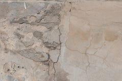 老膏药墙壁,切削的油漆,灰色纹理,背景 库存照片