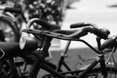 老自行车把手 库存照片