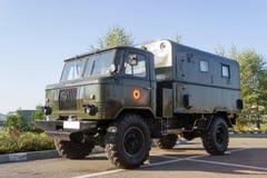 老苏维埃GAZ-66军事交换 库存图片