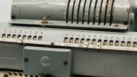 老苏联机械计算器加法器4k 股票视频