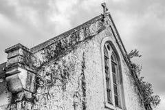 老英国国教的教堂在农村牙买加 库存图片