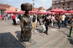 老菜和水果市场在萨格勒布 免版税库存照片