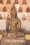 老菩萨在Wat Sisakhet,老挝 免版税库存图片