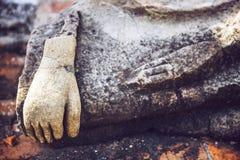 老菩萨雕象在菩萨寺庙,阿尤特拉利夫雷斯,泰国 图库摄影