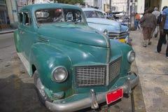 老葡萄酒古巴人汽车 免版税库存图片