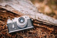 老葡萄酒小型格式测距仪照相机, 1950 20世纪60年代 库存照片