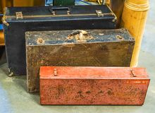 老葡萄酒手提箱的一汇集 免版税库存照片