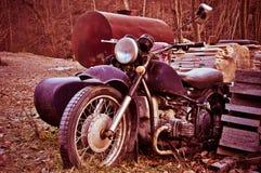 老葡萄酒摩托车 免版税库存照片