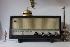 老葡萄酒收音机 免版税库存图片