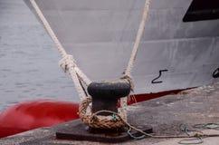 老葡萄酒海军绳索 免版税库存照片