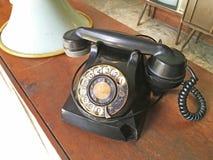 老葡萄酒电话 免版税库存照片