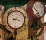 老蒸汽火车测量仪 免版税库存图片