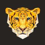 老虎在多角形样式的传染媒介例证 打印的老虎面孔在T恤杉 库存例证