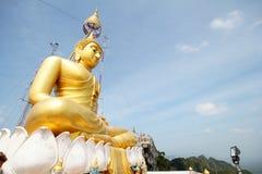 老虎洞寺庙Wat Tham Sua Krabi泰国 免版税图库摄影