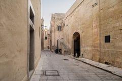 老街道在拉巴特,马耳他,南欧洲 图库摄影