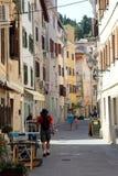 老街道在皮兰,斯洛文尼亚 免版税图库摄影