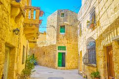 老街道在纳沙尔,马耳他 免版税库存照片