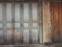 老街道墙壁 免版税库存图片