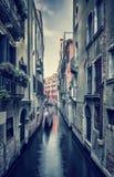 老街道威尼斯 免版税库存照片