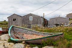 老被中断的小船 免版税库存照片