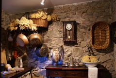 老被塑造的厨房 库存图片