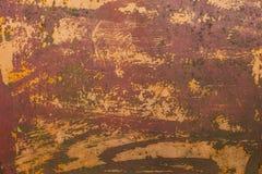 老被抓的油漆和铁锈金属表面 免版税库存照片
