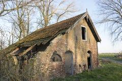 老被放弃的农场 库存图片