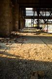 老被放弃的工厂 免版税图库摄影
