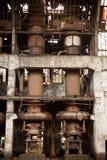 老被放弃的工厂furnance 库存图片
