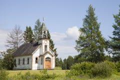 老被放弃的教会 免版税库存图片