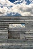 老被放弃的日志木材议院建筑 库存图片