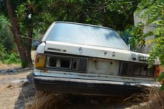 老被放弃的汽车 库存图片