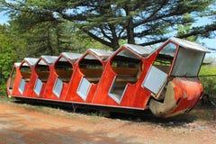 老被放弃的缆索铁路的车在第比利斯,乔治亚 免版税图库摄影