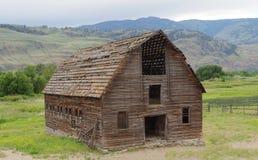 老被放弃的谷仓, Okanagan谷,不列颠哥伦比亚省,加拿大 库存照片