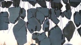 老被毁坏的房子,打破的混凝土板 股票录像