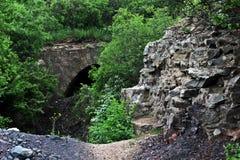 老被毁坏的桥梁 免版税库存图片