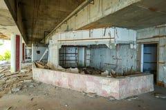 老被破坏的大厦 免版税库存图片