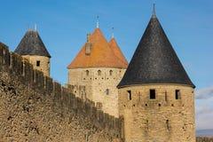 老被围住的城堡的塔 卡尔卡松 法国 图库摄影